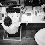 Korzyści chatbota w komunikacji wewnętrznej w firmie